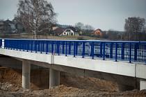 Most přes prodlouženou Rudnou.
