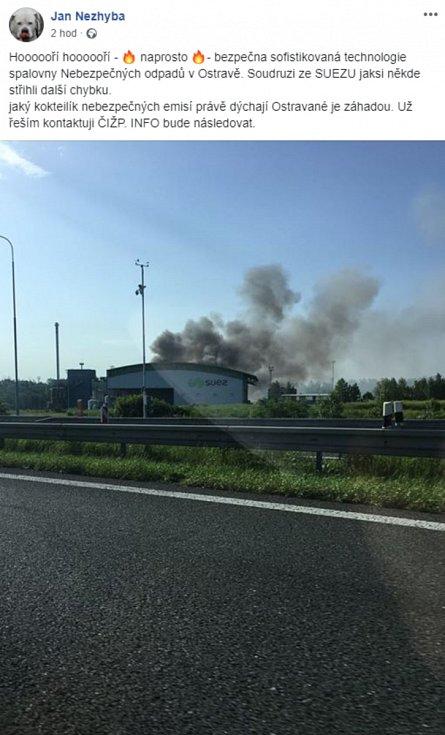 Požár provozu SUEZ v Ostravě.