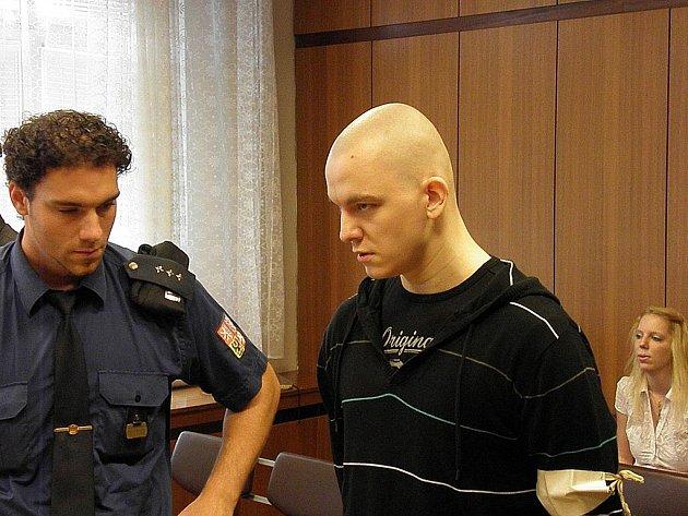 Josef Muroň u ostravského soudu. Ilustrační foto