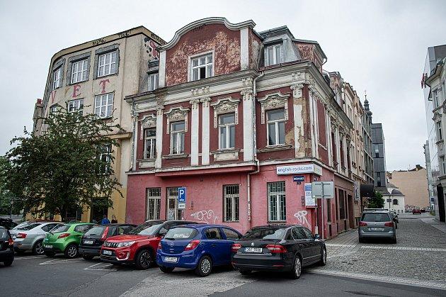 Nové podniky vcentru Ostravy, 9.června 2020.Provoz uřeky.
