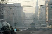 Letní smog v Ostravě. Snímek z roku 2011.