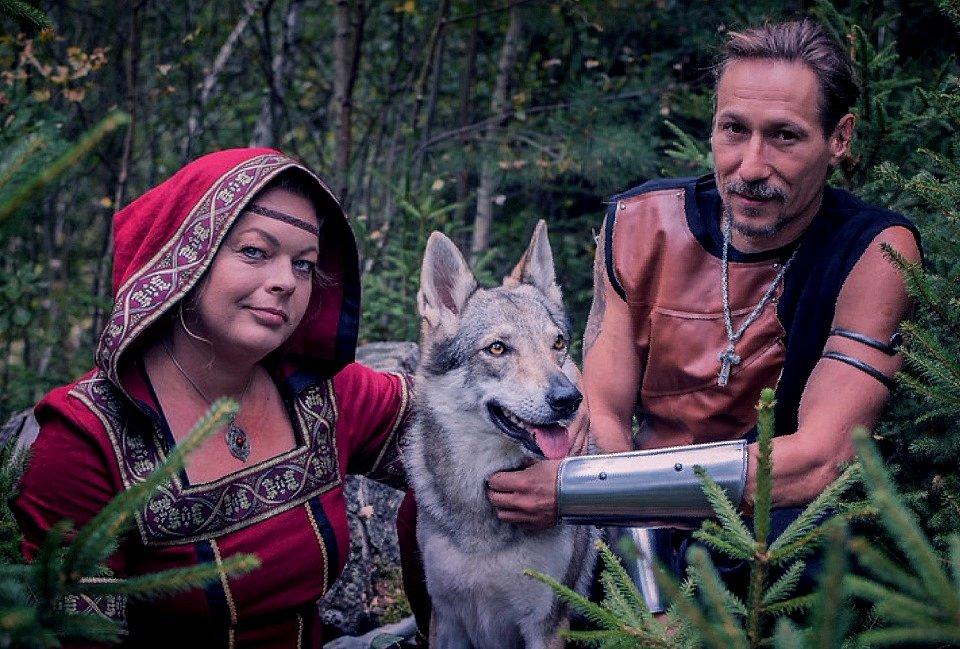Focení s vlky, to byl dárek pro Martina ke dvacátému výročí vztahu od manželky Petry.