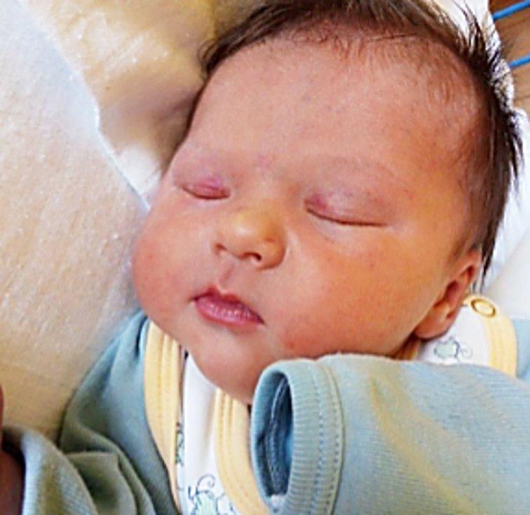 Vladimír Blahuta, Jindřichov, narozen 19. března 2021 v Krnově, míra 50 cm, váha 3710 g. Foto: Pavla Hrabovská