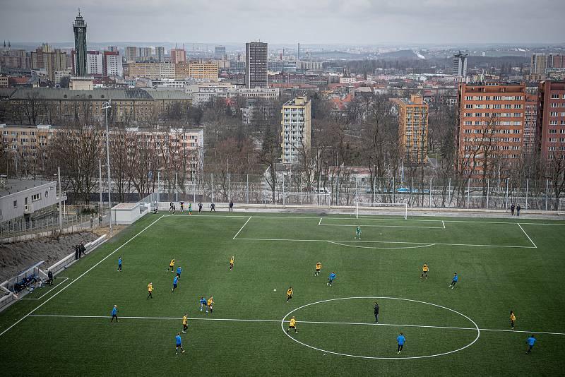 V nejbližších letech projde rekonstrukce lávky nad stadionem Bazaly, 24. března 2021 v Ostravě.