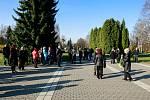 Krematorium, ústřední hřbitov ve Slezské Ostravě. Pohřeb Věry Špinarové v dubnu 2017. Ilustrační foto.