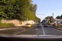 Pronásledování ujíždějícího řidiče.
