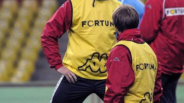 Hráči Baníku při tréninku na moskevském stadionu Lužniky