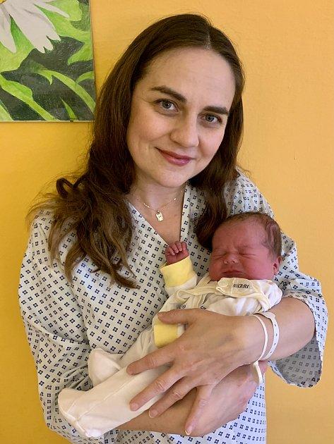Tomášek je první dítě narozené vletošním roce vMoravskoslezském kraji. On imaminka jsou vpořádku.
