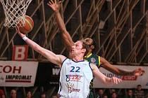 Basketbalisté NH Ostrava porazili v utkání 3. kola nadstavby Levice 80:62 a pojistili si vedení ve skupině A2.