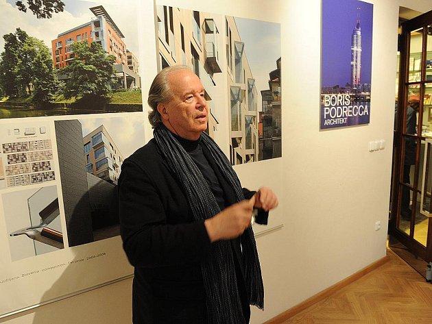 Zajimavá výstava rakouského architekta Borise Podrecca byla slavnostně zahájená v pondělí odpoledne v GVU Ostrava za učastí vyznamných hostů, včetně autora.