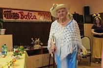 Miss Babča 2009 - šestaosmdesátiletá Marie Urbanová