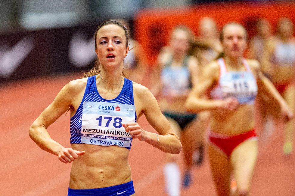 Halové mistrovství ČR mužů a žen v atletice, 23. února 2020 v Ostravě. 800 metrů ženy Diana Mezuliáníková (PSK Olymp Praha).