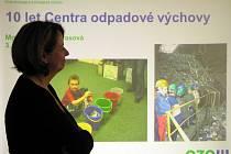 Už deset let navštěvují děti i studenti ostravských škol Centrum odpadové výchovy. Kromě jiného se v něm dovídají, jak správně nakládat s odpady.