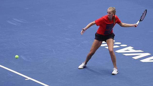 Petra Kvitová během jednoho z prvních tréninku v Ostravě. Turnaj WTA kategorie 500.