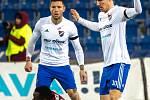Utkání 20. kola první fotbalové ligy: Baník Ostrava - Sparta Praha, 14. prosince 2019 v Ostravě. Na snímku zleva Martin Fillo, Kanga Kaku Guelor, Robert Hrubý.