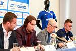 Tisková konference FC Baníku Ostrava.Na fotografii zleva Michal Bělák, Marek Jankulovski, Bohumil Páník, Jan Laštůvka