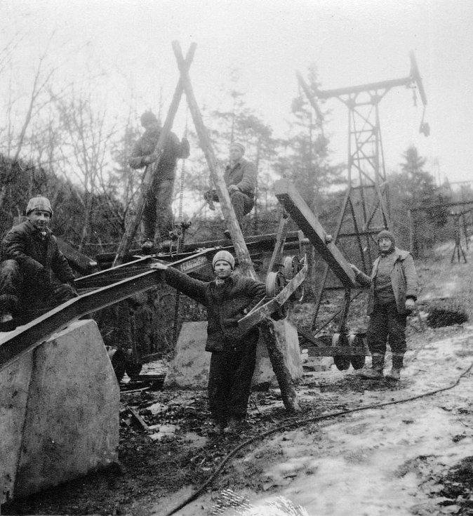 Rekonstrukce lanovky z Trojanovic na Pustevny v roce 1957.
