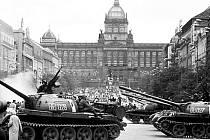 Z tvorby rakouského fotoreportéra: Václavské náměstí v srpnu 1968.
