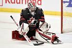 Mistrovství světa hokejistů do 20 let, finále: Rusko - Kanada, 5. ledna 2020 v Ostravě. Na snímku brankář Kanady Joel Hofer.