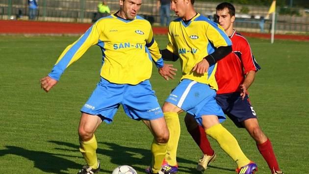 Lubomír Pinkava a Ladislav Szöcs (zleva), dva hráči, kteří budou Šumperku na jaře velmi pravděpodobně chybět.