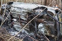 Nehoda a požár fabie u Oskavy