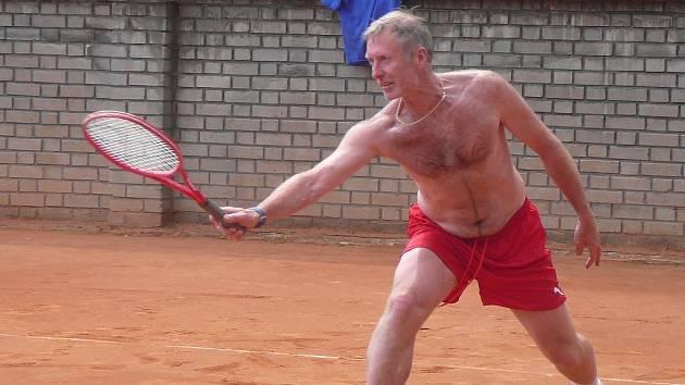 Jindřich Setikovský na snímku z jarního tenisového turnaje.