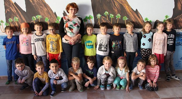 Třída 1.AZákladní školy Nový Malín střídní učitelkou Janou Poláškovou.