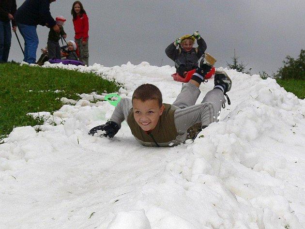 Snímek z loňských Vánoc v létě v Sobotíně