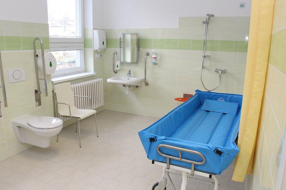 Zrekonstruované oddělení LDN Jesenické nemocnice při slavnostním otevření.