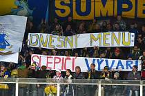Šumperští fanoušci a jejich choreo před utkání Draků s Olomoucí