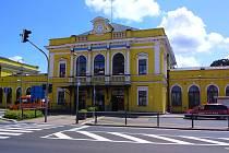 V prostorách bývalé nádražní restaurace v Šumperku bude od ledna sídlit pobočka České pošty.
