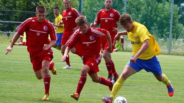 Šumperk (ve žlutém) v přátelském utkání s Třincem.