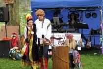Ruský nádech měl tradiční slet čarodějnic, který se konal v sobotu 27. dubna na myslivecké louce v Brníčku.