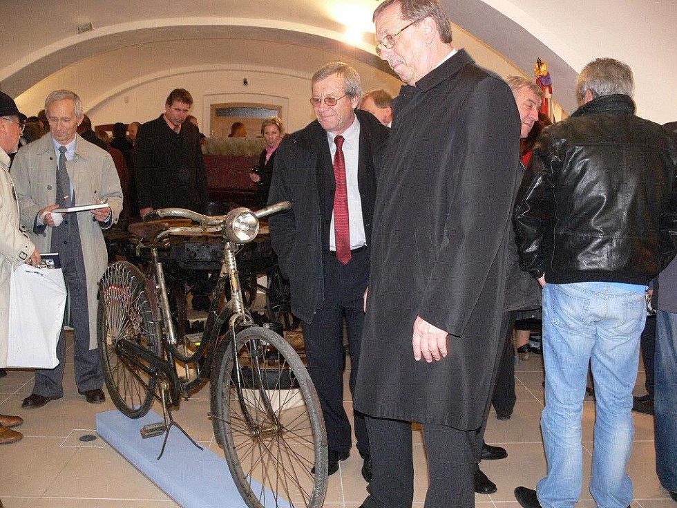 Slavnostní otevření Muzea silnic ve Vikýřovicích