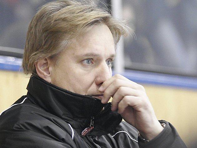 Jiří Otoupalík se zlobí, jeho tým ztratil body.