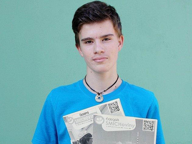 Jakub Gloza vydává na Základní škole v ulici Dr. E. Beneše v Šumperku druhým rokem i časopis nazvaný výstižně Smíchoviny.