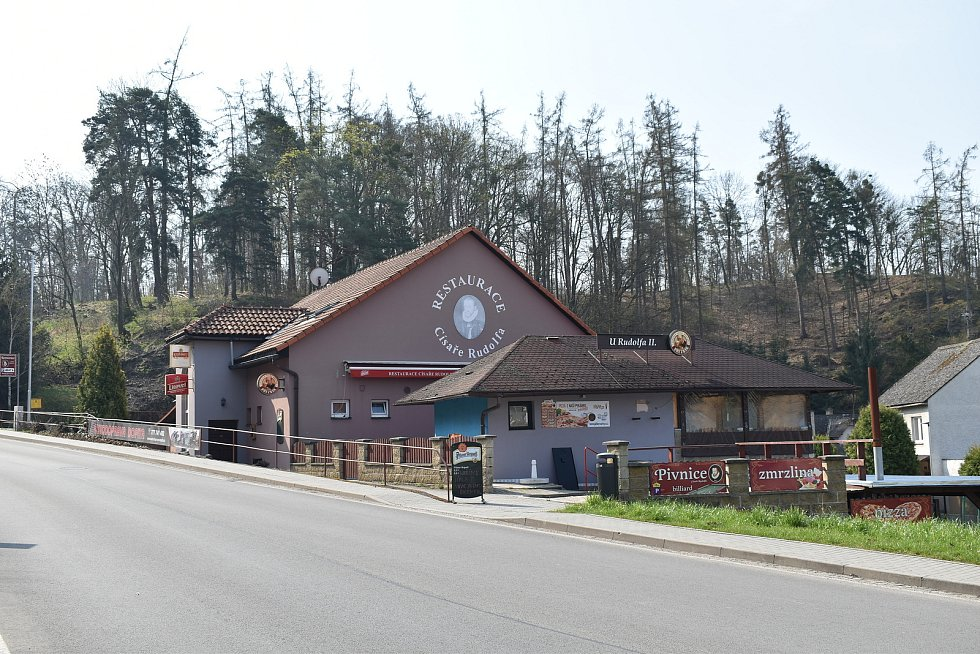 Město Úsov - restaurace