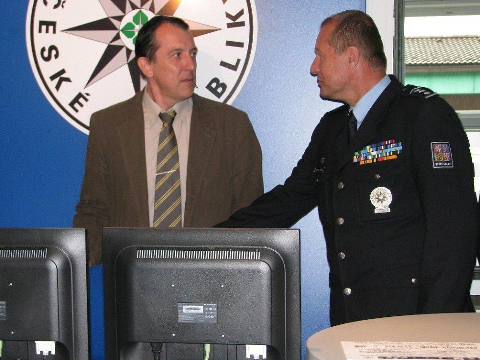 Slavnostní otevření recepce v budově šumperské policie