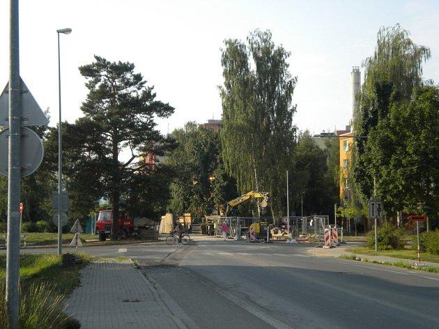V Temenické ulici v Šumperku se připravuje stavba rondelu.