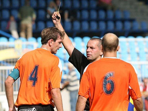 Šumperští fotbalisté uspěli v Opavě, porazili tamní béčko (pruhované dresy)