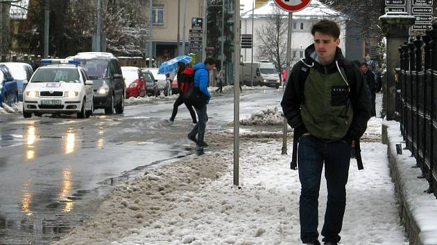 Jarní sněhová nadílka v Šumperku v úterý 31.3. 2015