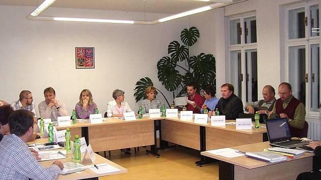 Ustavující zasedání zastupitelstva se ve Vikýřovicích konalo 15. listopadu, starosta zvolen nebyl