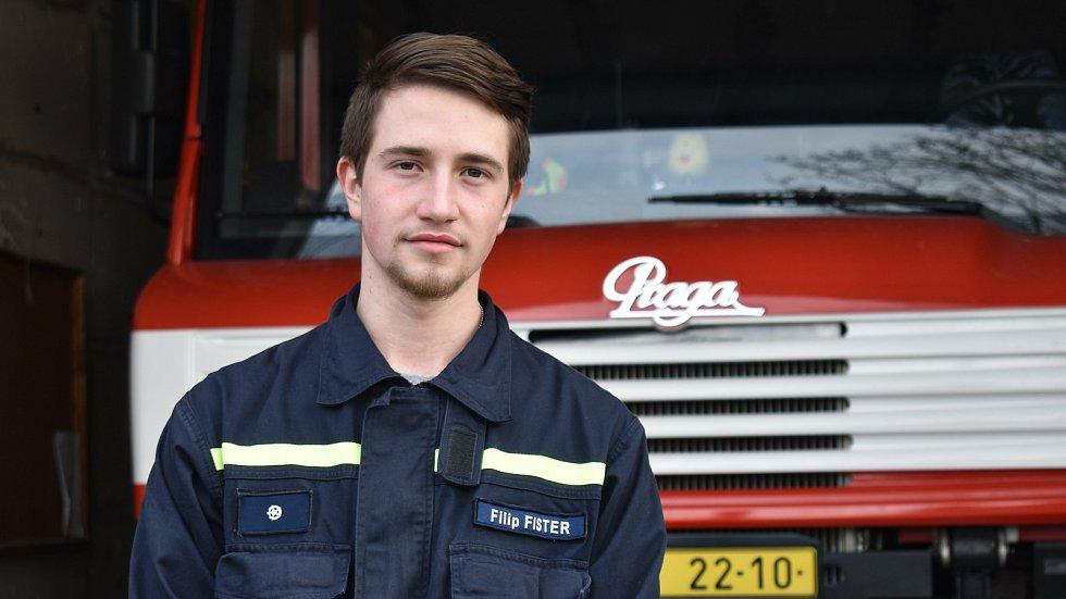 Dobrovolný hasič Filip Fister z Branné.