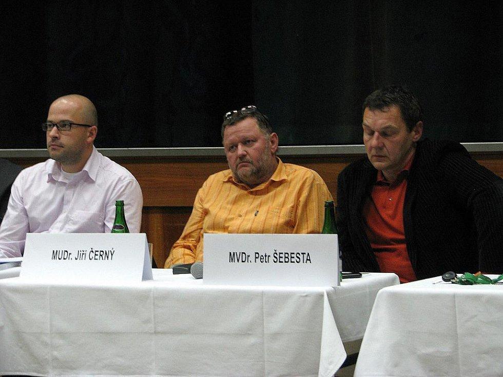 Část zastupitelů na ustavujícím zasedání nového zastupitelstva v Zábřehu
