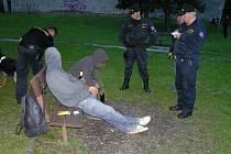Policie v Jeseníku kontrolovala mládež.
