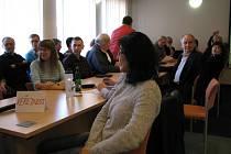 Veřejnost na jednání šumperského zastupitelstva.