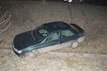 V havarovaném voze policisté objevili varnu pervitinu.