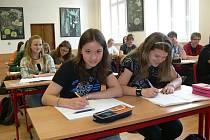 Zatím jsou třídy šumperského gymnázia plné. Bude to tak i v příštím školním roce?