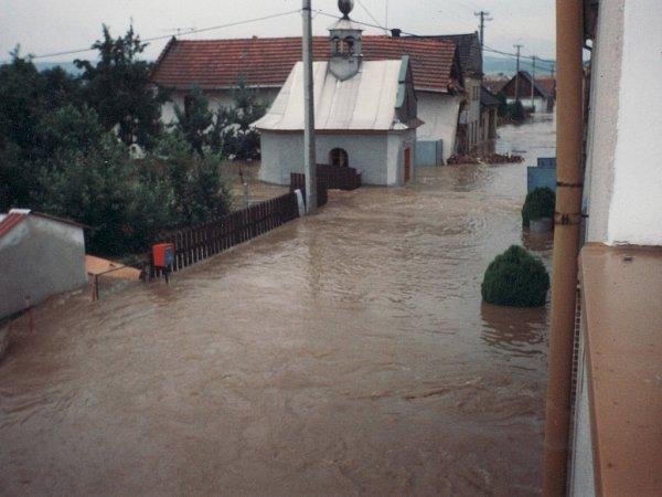 Mitrovice při povodni vroce 1997