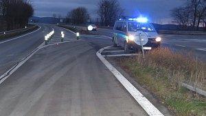 Řidič po šestnáctikilometrové jízdě na dálnici v protisměru havaroval na konci čtyřproudé komunikace v Mohelnici